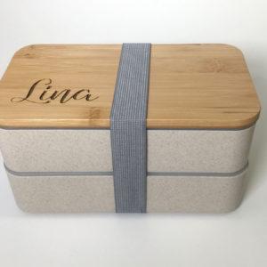 """lunchlåda, lunchbox """"dubbel"""" med bambulock & namn som gravyr"""